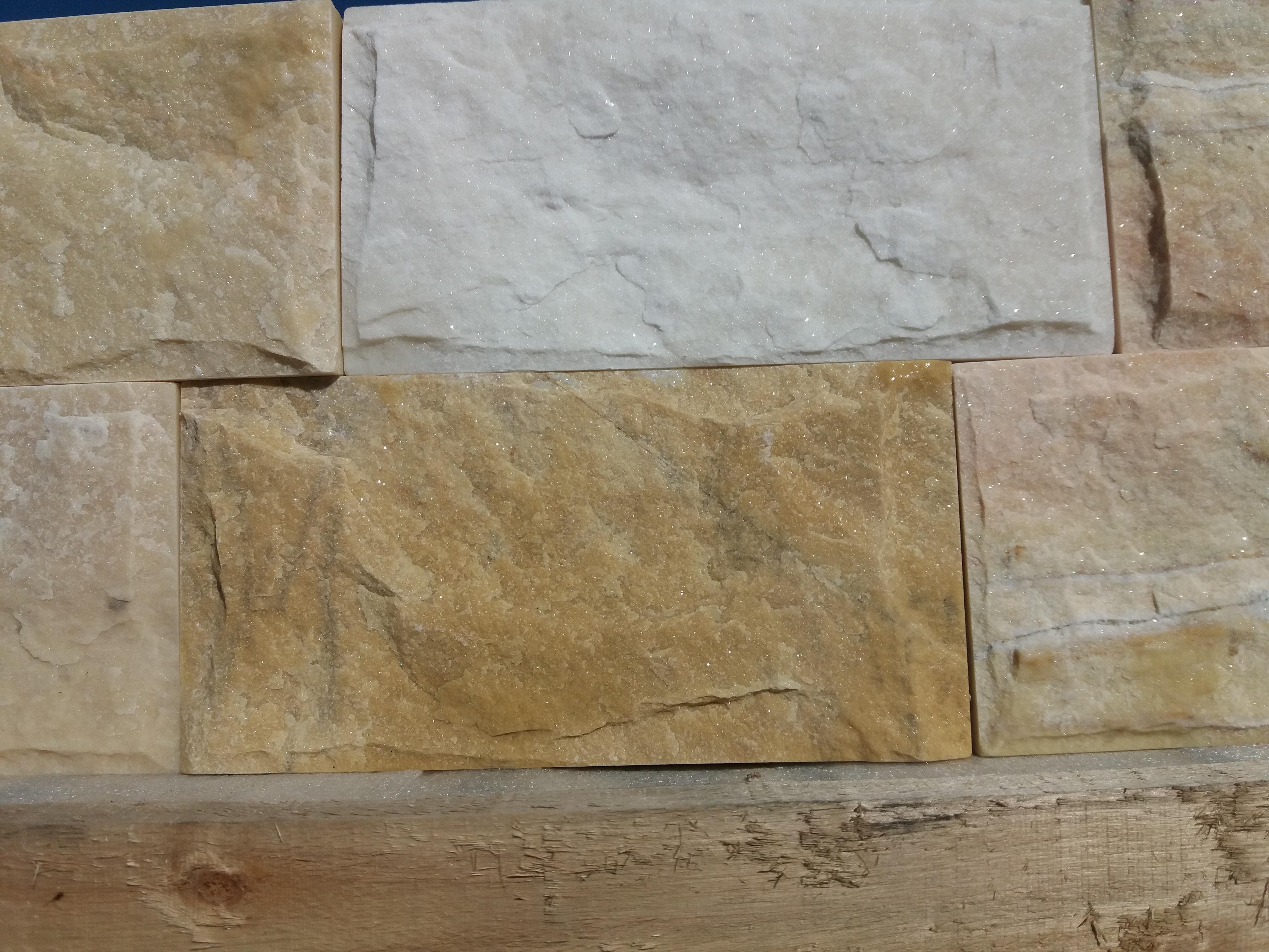 Marmura scapițată 10×20  – 130 RON