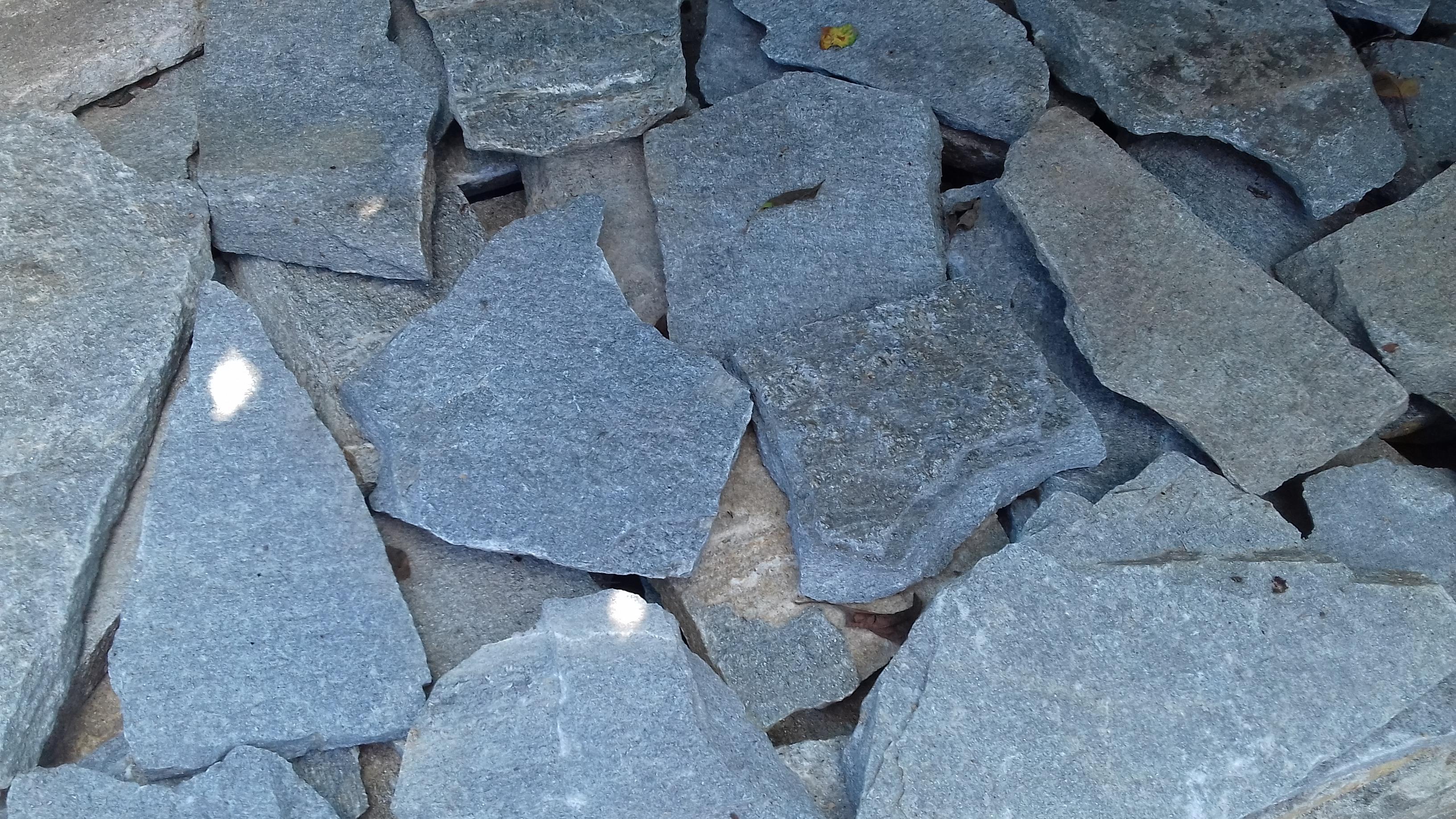 Piatra decorativa de culoare gri Kavalla – 28 RON